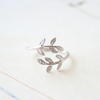 A Glossy Silver Delicate Laurel Leaf Adjustable Ring, Leaves Ring, Everyday Ring, Tiny Ring, Gift Jewelry
