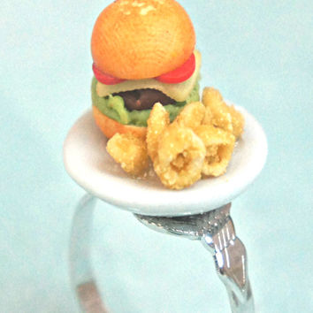 Burger and Onion Rings/Fries Ring