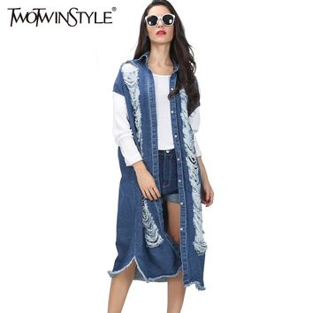 [TWOTWINSTYLE] autumn streetwear long denim trench coat for women hollow out ripped vintage long sleeve windbreaker new clothing