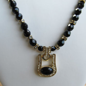 HOBE 1970s-80s Rhinestone & Glass Necklace