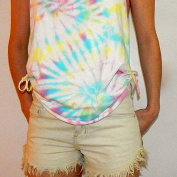 Side-Tied Tie Dye Tank Top