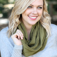 Crisp Breeze Infinity Scarf - Green