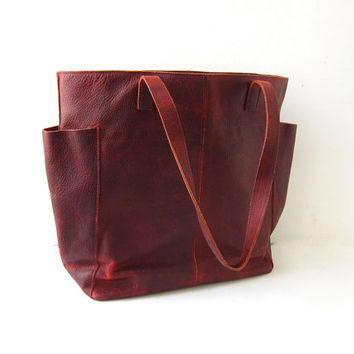 Vintage oxblood red leather tote purse. Duluth Trading Company oiled leather shoulder bag. Lifetime Leather Tote. Large slouchy carryall.