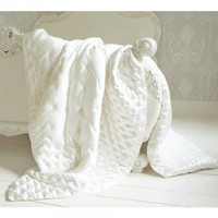 Sumptuous Silk Ivory Quilt Bedspread