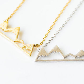Cute mountain necklace,jewelry,necklace,bridesmaid gift,unique necklace,minimalist necklace,girl necklace,cute necklace,simple necklace,303