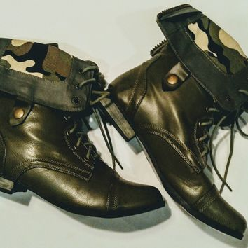 Copy of Madden Girl  green combat boots size 10