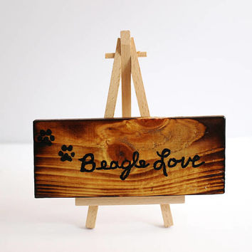 Small Rustic Wood Sign, Beagle Love, Wooden Dog Sign, Pet Sign, Reclaimed Wood, Charred Pallet, Torched Wood Burned by Hendywood