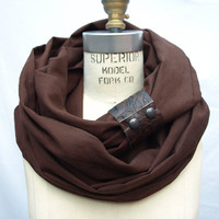 $40.00 Chunky Brown linen circular infinity scarf by RunSystem63 on Etsy