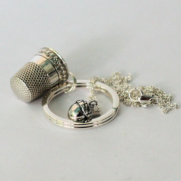Peter Pan Kiss Thimble Key Ring and Wendy Acorn Necklace Set terling Sterling Silver - Men - Women - Sweetheart - Lover - Sister - Friend