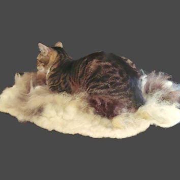 Cat Bed - Felted Wool Fleece Cruelty Free Pet Bed - Romney/Llama/Jacob - Supporting US Small Farms