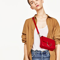 LEATHER CROSSBODY BAG WITH RING