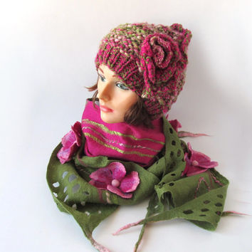 Slouchy Knitted hat, Felted scarf, Hat and Scarf set,  green, olive, pink, magenta,  Wool Hat,  Handspun Yarn, Wool Art yarn by Galafilc