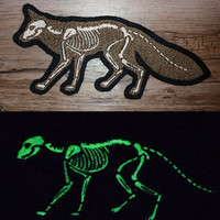 GLOW X-ray fox -  Embroidered sew-on patch