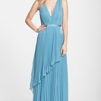 Women's Vera Wang Pleated Chiffon Gown
