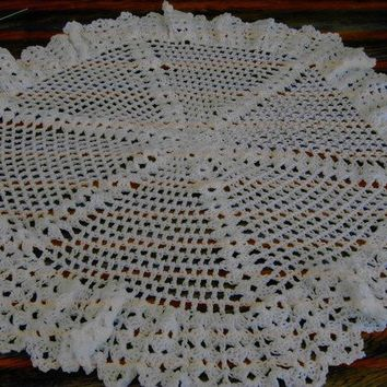 New handmade white spider style  pretty shawl     by nannycheryl