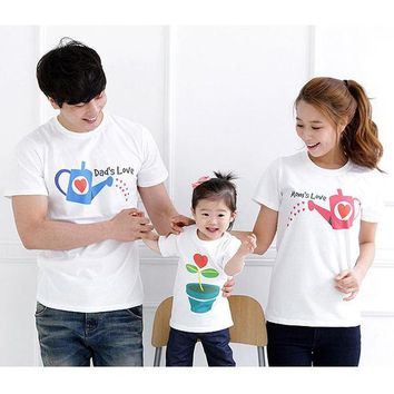 DCK9M2 Dad's LOVE Mom's LOVE Family Clothing Family Matching Outfits Summer Shorts T shirt New 2015 Mom and Daughter Matching Clothes