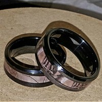 Tungsten carbide camo inlay wedding rings set. Various sizes available. If interested check with seller for your size. in Indianapolis, IN | $100