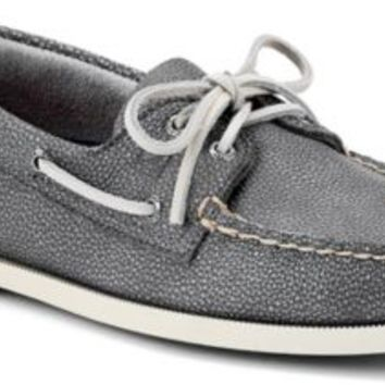 Sperry Top-Sider Authentic Original Washed Leather 2-Eye Boat Shoe GrayWashedLeather, Size 10.5M  Men's Shoes