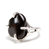 Vintage Black Stone Claw Ring