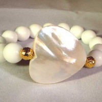 mother of pearl heart bracelet with gold filled accents | Decenarioscool - Jewelry on ArtFire