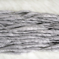 Thick and Thin slub wool yarn TTY light gray 4.2 oz 36 yards 18µ handspun art yarn