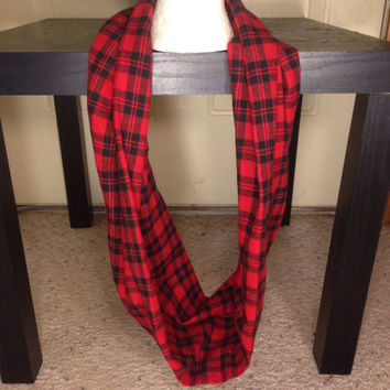 Toddler Girl-Scarf-Handmade-plaid scarf-Infinity scarf-Flannel Scarf-Mommy and Me Scarves-Winter Scarf-Chunky Scarf-Gifts for her