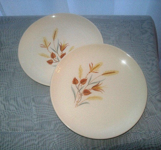 1950s Dishes: 11-1106 Vintage 1950s Golden Wheat From JeanLouisesCloset
