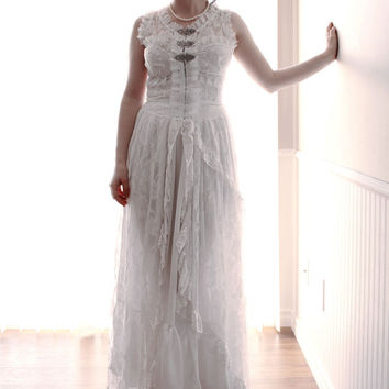 Vintage Retro Victorian Style Custom Made pure white Lace Wedding Dress