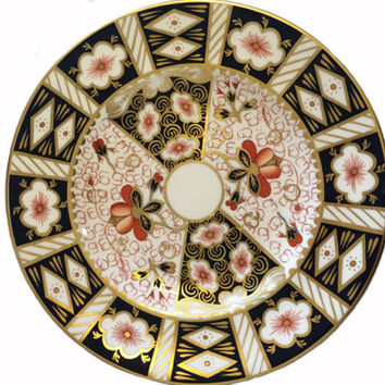Royal Crown Derby Plate 2451 Traditional Imari Pattern Porcelain Salad Plate Fine Bone China 22k Gold Cobalt Rust Replacement China