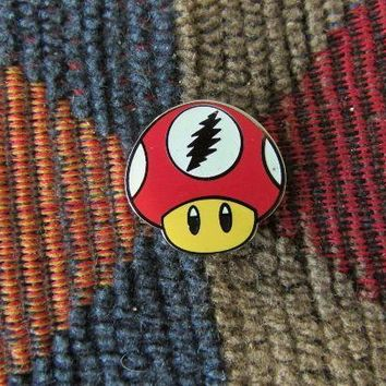 Dead Head Red Glow in the Dark Video Gamer Magic Mushroom Enamel Lapel Hat Pin