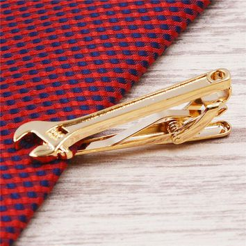 Creative men tie clip wing feather Hu high sword tie bars tie pin shape wrench