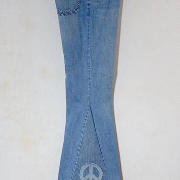 "Mens Bell Bottom Jeans, Peace Sign Patch, Patchwork Denim Pants, Boyfriend Jeans, Hippie Clothes, 70s Jeans, Woodstock Jeans, 32"" Waist"