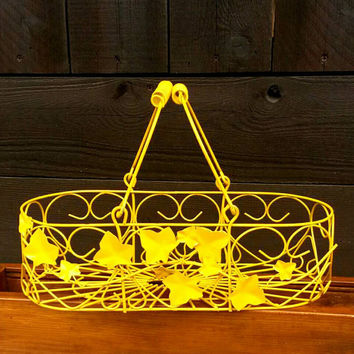 Yellow Wire Basket Storage Small Pet Bed Fruit Basket Vegetable Bowl Ivy & Hearts Decorative Home Decor Painted Nursery Bedroom Toy Storage