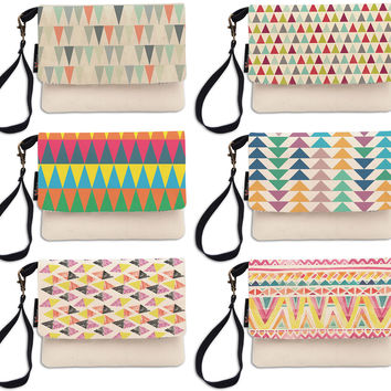 Triangle Aztec Pattern Beige Printed Canvas Wallet Clutch Purse WAS_12