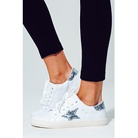 Be Inspired Sneakers: White/Silver