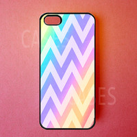 Iphone 5 Cover - Iphone 5 Case - Colorful Chevron Pattern - Rubber Iphone Cases - Cute Stylish Unique Designer Protective Cases for Iphone