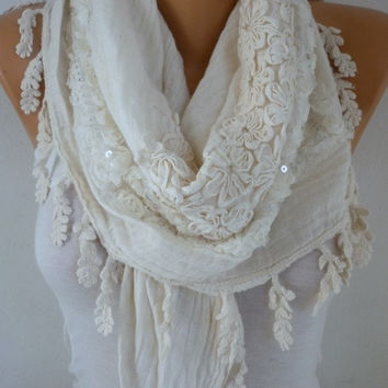La Vie en Rose - Exclusive Creamy White Oversize Scarf Winter Fashion Shawl Scarf Cowl Scarf Gift Ideas for Her Women Fashion Accessories