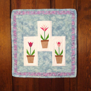 Quilted Wall Hanging, Quilt, Quilted Fabric Flowers Wallhanging, Wall Art, Tulips, Flowerpot with Flowers, Machine Quilted