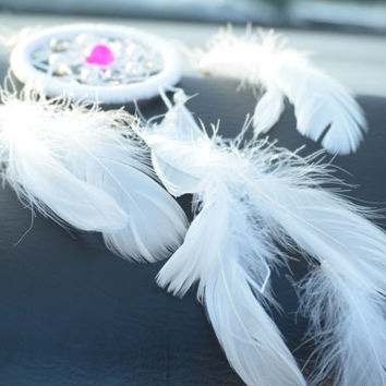 Car Dreamcatcher White, Mini Boho Dreamcatcher, Car Rear View Mirror Charm,  Gift for Her,  Cyclamen Crystal  Dreamcatcher, AGATE stone.