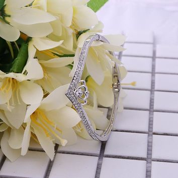 Stylish New Arrival Shiny Jewelry Diamonds Heart Alloy Bangle [11372018772]