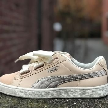KUYOU Puma Womens Basket Heart Up Natural Vachetta 364955-01