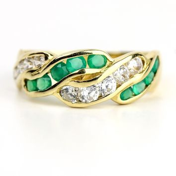Emerald and Diamond 18k Yellow Gold Band Ring Women's Vintage Fine Jewelry