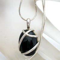 Sterling Silver Caged Black Onyx Gemstone Necklace Vintage
