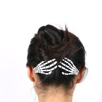 HAIR CLIP (1 pair) Women's Skeleton Claws Skull Hand Hairpin Zombie Punk Bobby Pins