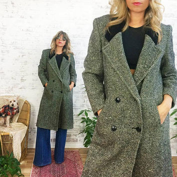 Vintage 70's 80s HERRINGBONE Tweed And Black Velvet Minimalist Wool Boyfriend Coat || Menswear Style|| Size Small Medium