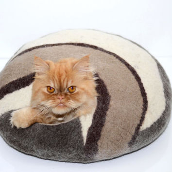White brown cat bed, felted cats cave, brown white, pets house
