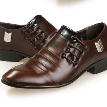 Men's Classic Oxford Shoe