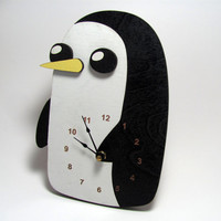Gunter the Penguin Clock