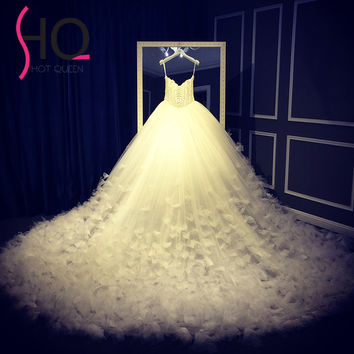 2017 Royal Luxury Sweetheart Princess Wedding Dress with Cathedral Train Bridal Ball Gown Lace Up Back Vestido de Noiva