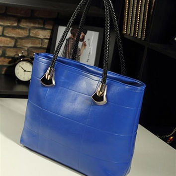Women fashion handbags on sale = 4482133188